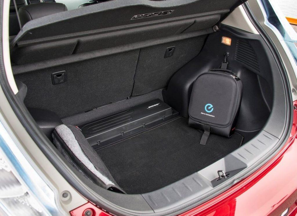 Багажник Nissan Leaf