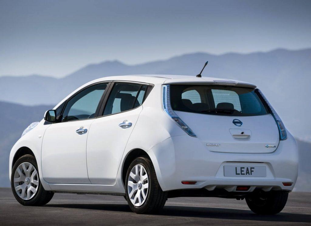 Фото авто Nissan Leaf