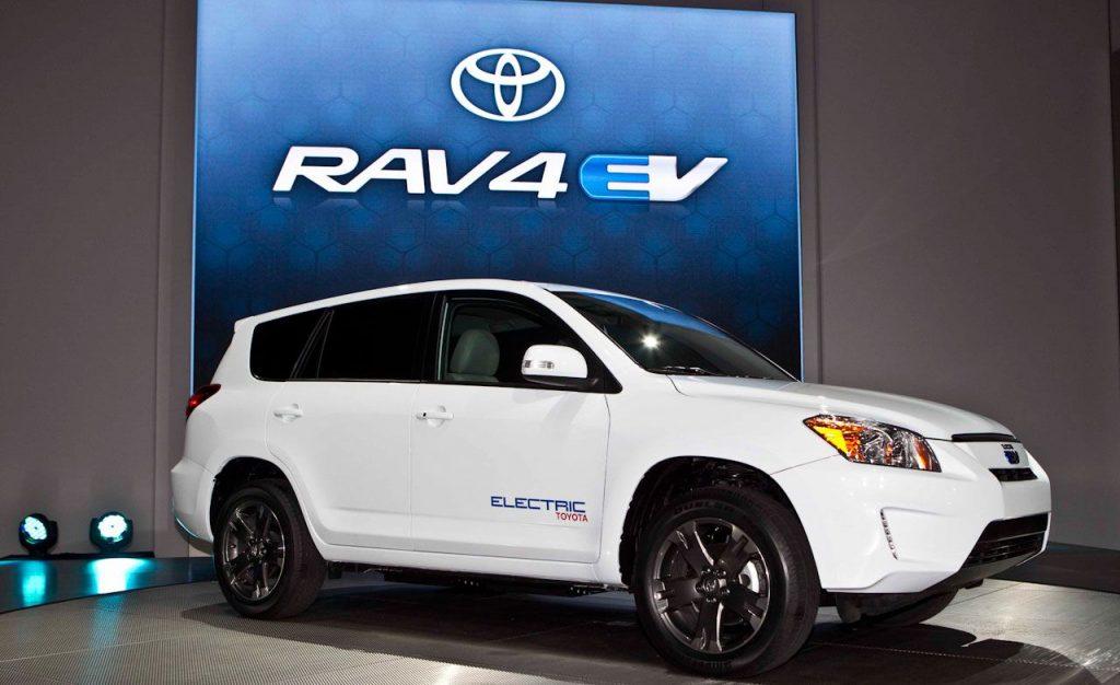 Основные конкуренты Nissan Leaf